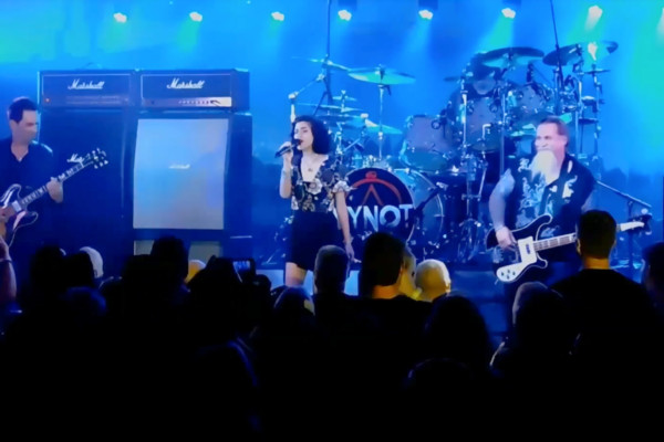 YYNOT: Overture/The Temples of Syrinx (Live)