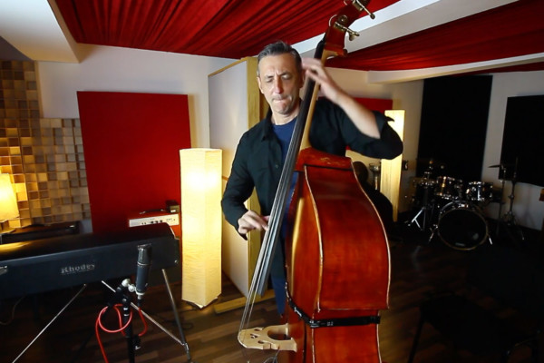Nenad Vasilic: Solo Bass Improvisation