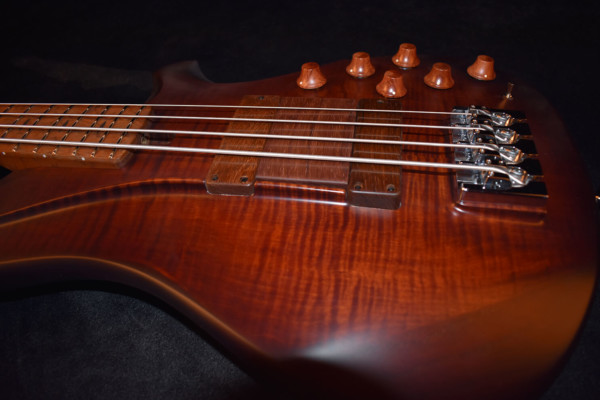 Bass of the Week: CP Thornton B-034 Bass