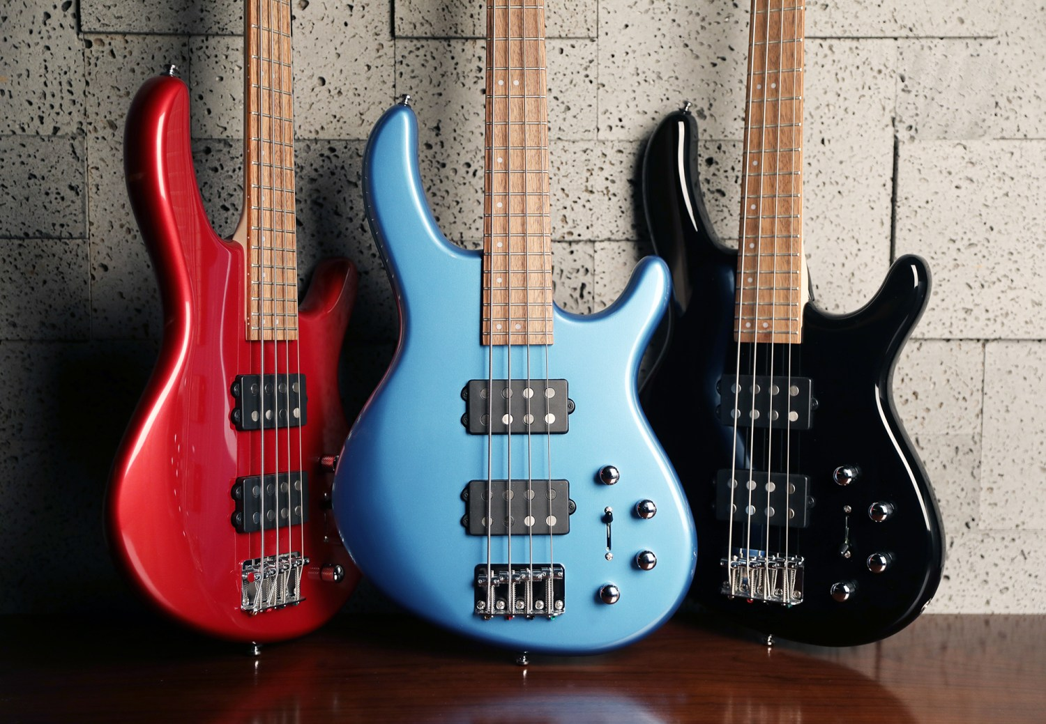 Cort Action HH4 Basses