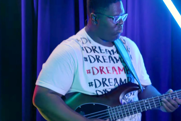 Jaylon Black: Bass Heavy