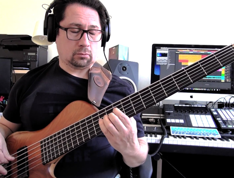 "Bass Transcription: Bass Arrangement of Victor Jara's ""El Derecho de Vivir en Paz"""