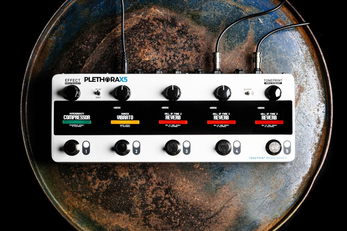 TC Electronic Plethora X5 Pedal Board