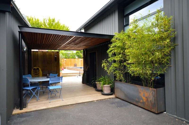 Loft industriel avec piscine  vendre  Bordeaux