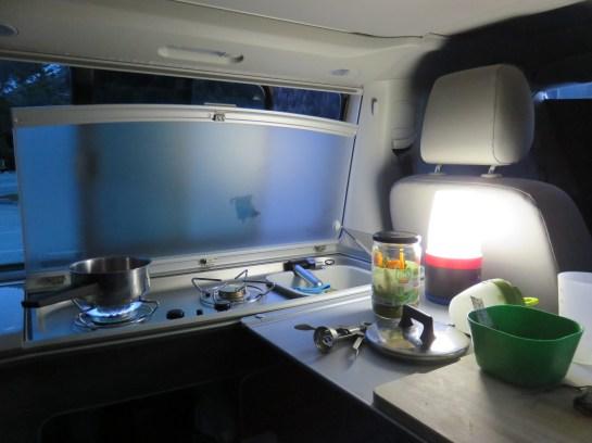 Cuisine dans le van