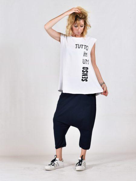 T-shirt smanicata oversize positiva