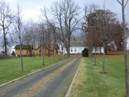 Fagertun stabbur, bryggerhus, låve og våningshuset