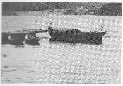 Vadbåten som ble brukt på flyktningeruten Nøtterøy — Koster fotografert i Strengsdal etter krigen.