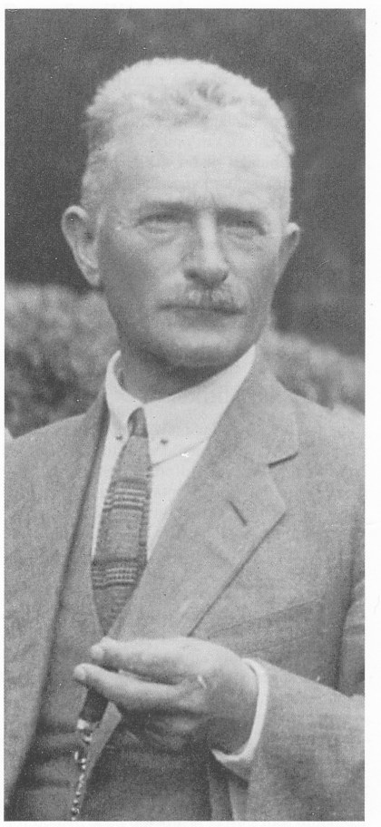 Jonathan Johnson ca. 1920. Foto utlånt av Gunnar E. Johnson.