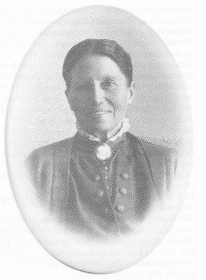 Christiane Evensen (gift Halvorsen), Marens gode brevvenninne og svigerinne, bodde mest på Fagerheim, Kaldnes. (Fotoet er utlånt av hennes datter Ella Kruge, Hvasser.)