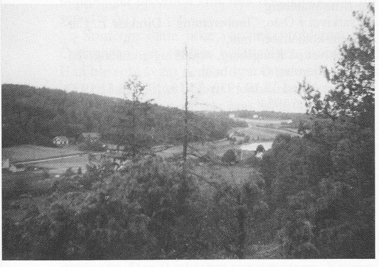 Strengsdal og Kjønnerød-jordene ca. 1950. Jordene ned mot Strengsdalsvannet. (Foto utlånt av Grethe Horn).