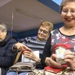 Una trentena d'alumnes estrenen l'escola de salut per a gent gran de la Trinitat Nova