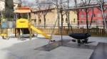 Es renova el parc infantil de la Torre Llobeta