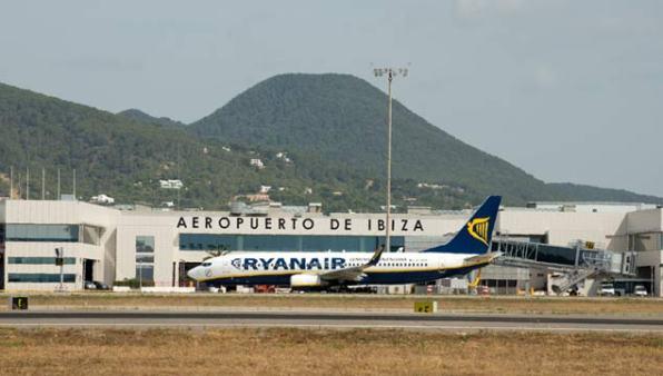 Imagen del aeropuerto de Ibiza.
