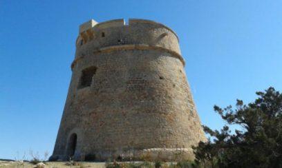La torre de defensa de Sa Sal Rossa, también conocida como Torre des Carregador.