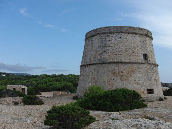 Torre de'n Rovira, en Sant Josep. Foto: Jan Manu (Wikipedia)