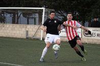 Imagen del partido de la pasada jornada entre Mercadal y peña Deportiva. Foto: Menorcaaldia.com