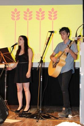 La actuación del grupo Sweet Lure. Foto: G.R.