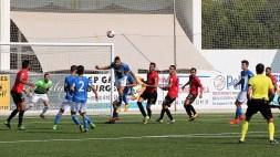 Un lance del partido jugado en Sant Francesc. Fotos: Guillem Romaní