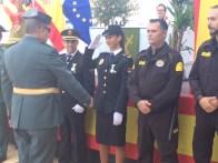La entrega de condecoraciones a los agentes destacados.