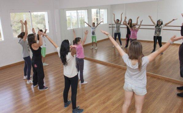 ESCOLA DE MÚSICA I DANSA DE FORMENTERA, Classe de dansa