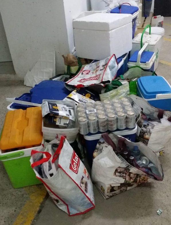 Material intervenido a vendedores ambulantes en ses Salines.