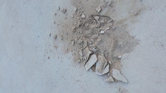 Desperfectos en el parque infantil de Can Misses. Foto EPIC.