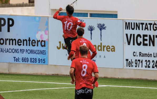 Gol del Formentera ante el Sóller, Tercera División temporada 2018-19.