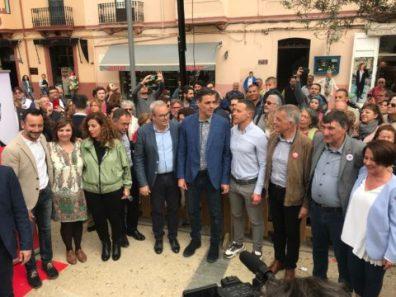 Sánchez con los alcaldables, Vicent Torres. Pilar Costa, Sofía Hernanz y Patricia Abascal en Ibiza. Foto V. Torres