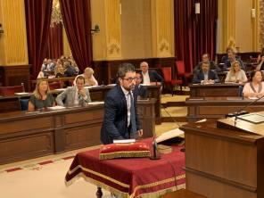 El ibicenco Jordi Marí Tur, en el primer pleno de la legislatura en el Parlament