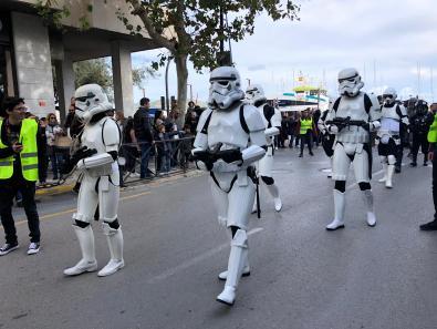 Desfile y actividades benéficas protagonizadas hoy por los personajes de Star Wars en Ibiza.