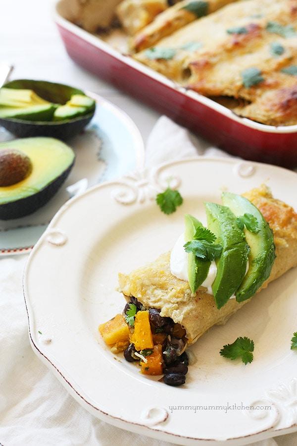 Roasted butternut squash and black bean enchiladas - yummymummykitchen.com