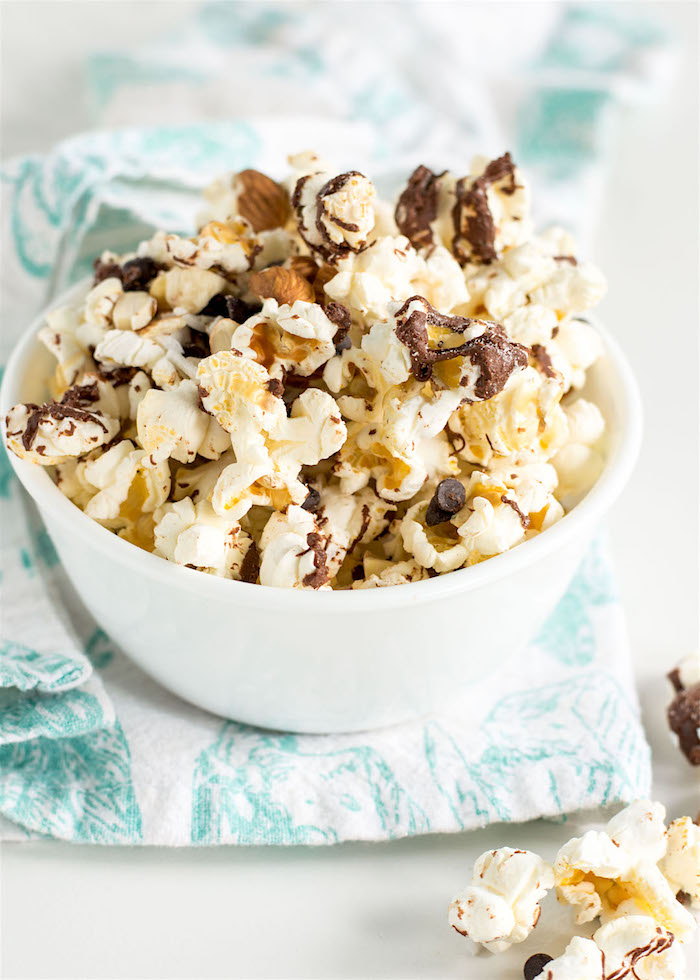 The Top 6 Recipes of 2016 | Gluten Free, Vegetarian, Easy to Make recipes | Salted Chocolate Popcorn Trail Mix