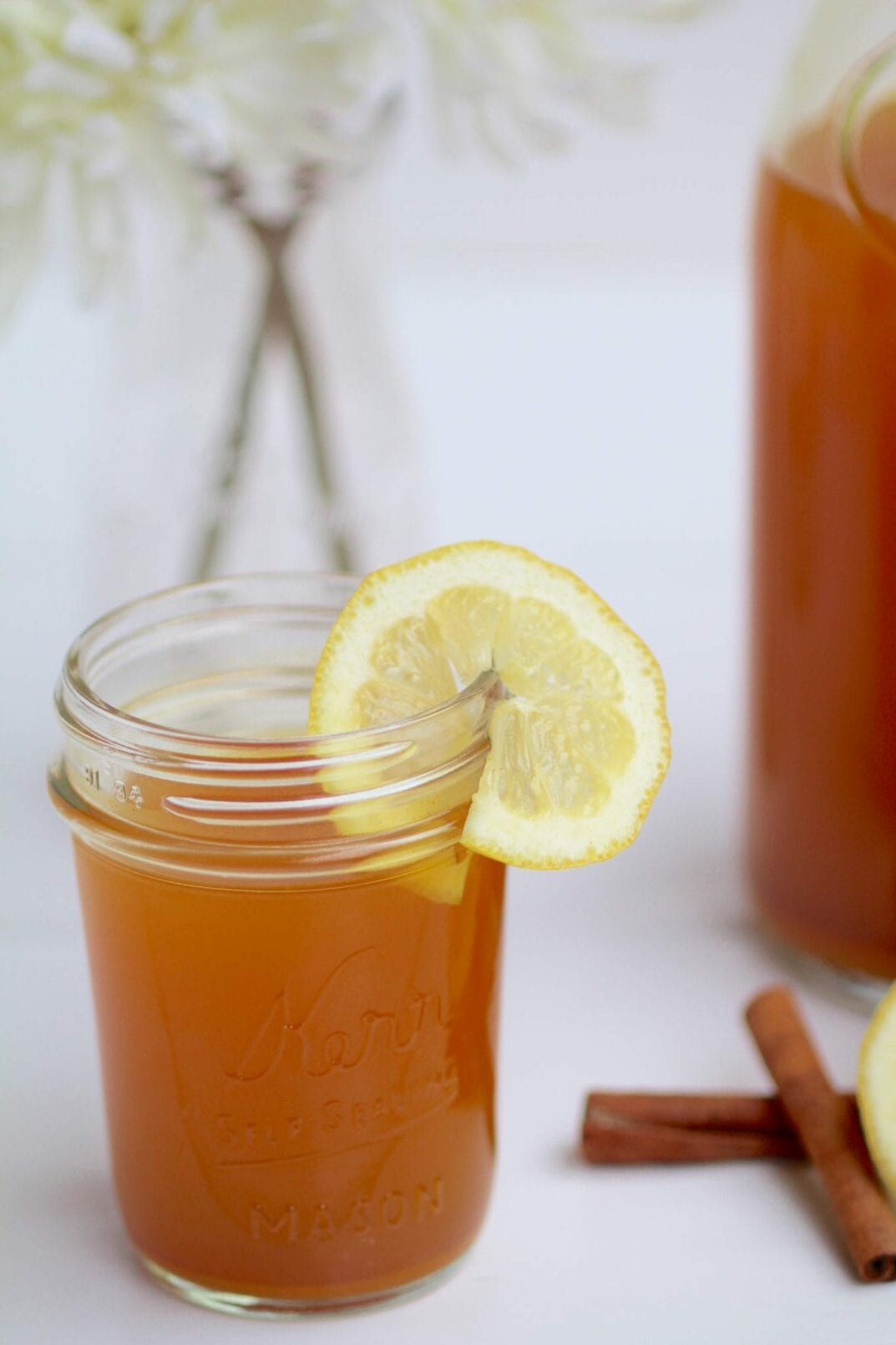 daily detox lemon, ginger & turmeric tea | skip the eye-watering shots of apple cider vinegar and start the day with this flavorful and healing lemon, ginger & turmeric detox tea. | www.nourishmovelove.com