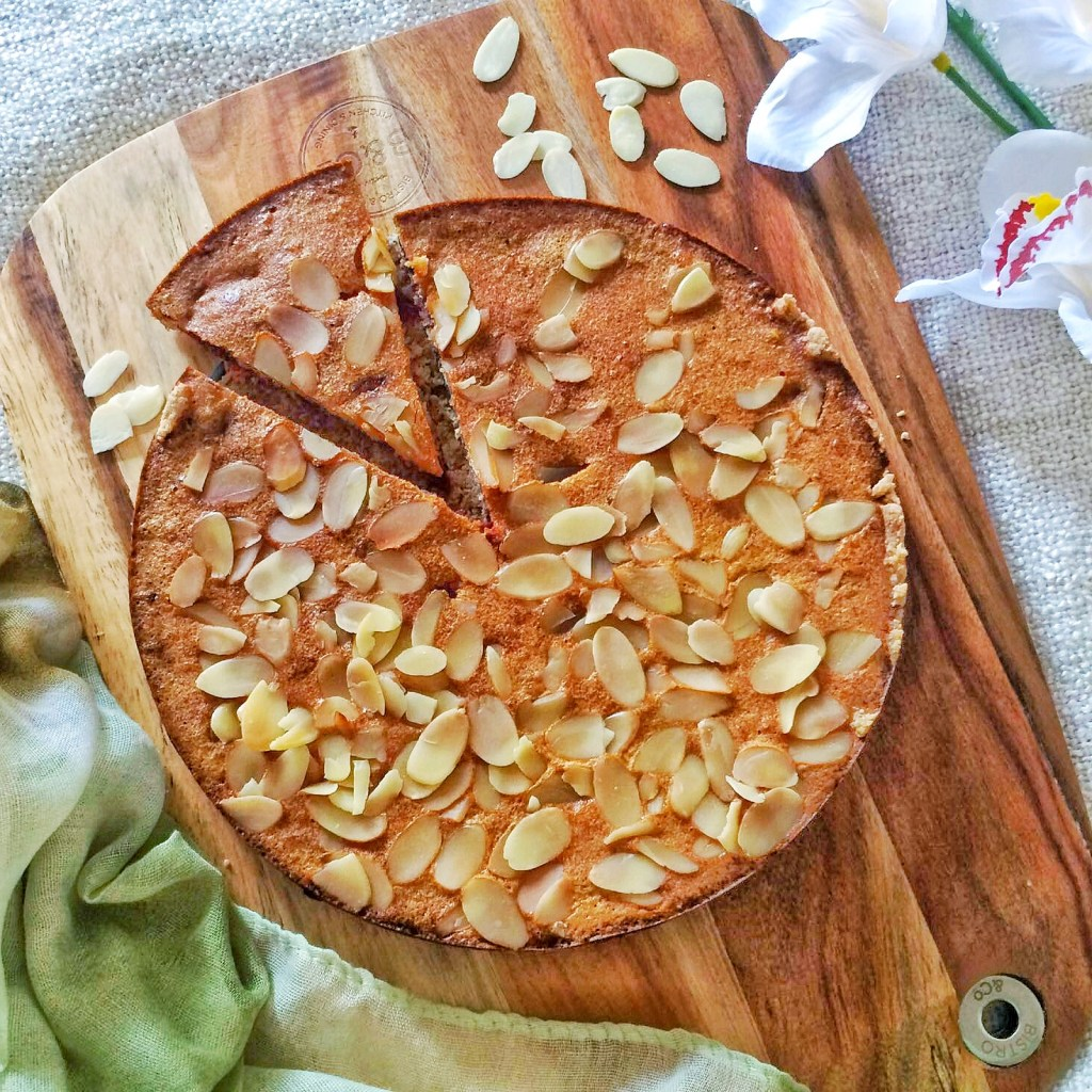 Healthy Raspberry Almond Frangipane Tart Recipe