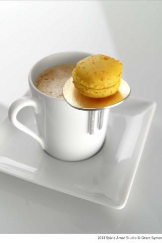 1.Caprice – Round with macaron