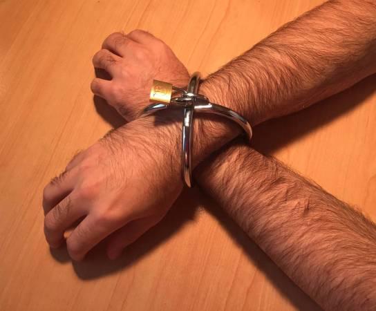 Menottes Ignite Spherical Cuffs