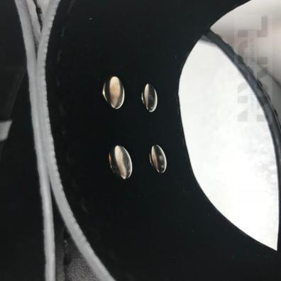 NXPL-menottes-cuisses-poignets-dildok-05