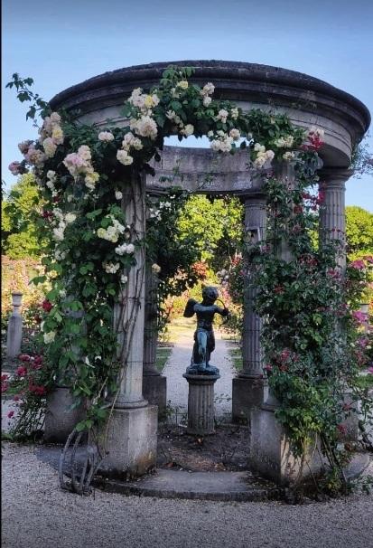 L Hay Les Roses Roseraie : roses, roseraie, L'Haye, Roses, Nouvelles, Fontenay-aux-Roses