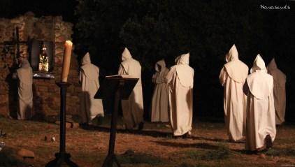03-Los-monjes-acuden-al-Miserere-antes-de-ser-asesinados
