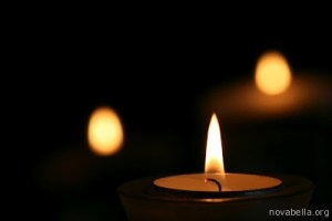 Candle-light-por-Alesa-Dam-CC-BY-NC-SA-2_0