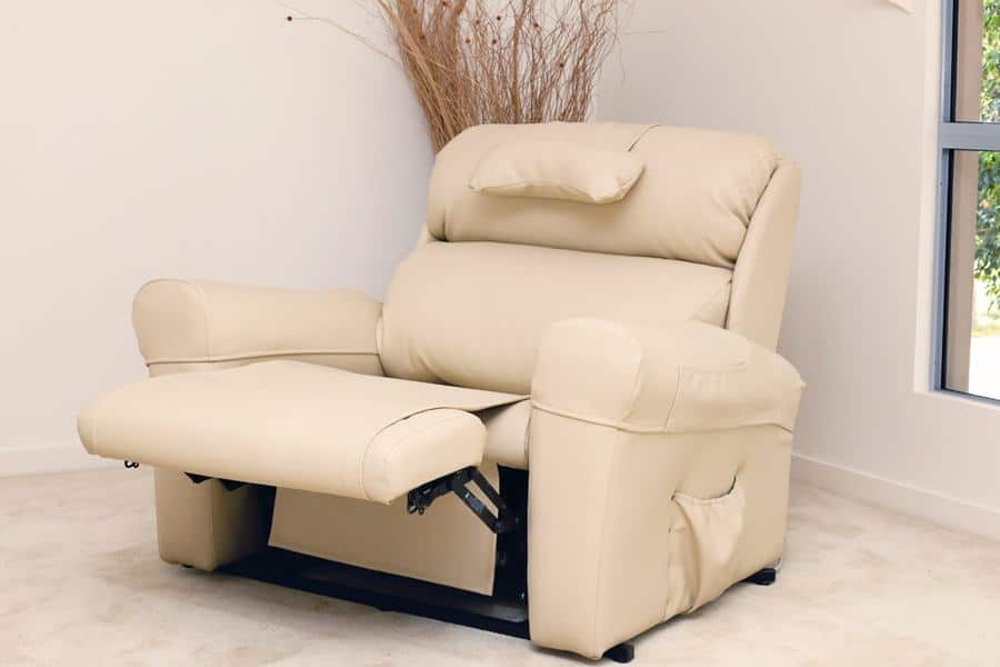 Bariatric Chair Bariatric Recliner and Sleeping Chairs