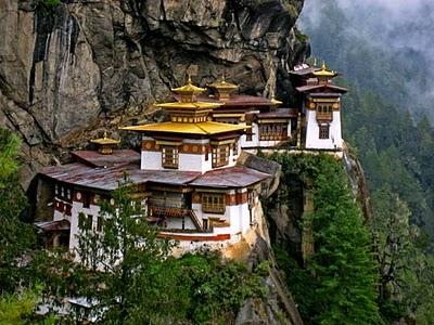 https://i0.wp.com/www.novakistan.com/wp-content/uploads/2011/02/Tigers-Nest-Monastary-Bhutan.jpg