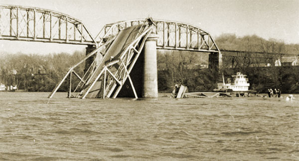 The Silver Bridge Collapse, Point Pleasant WV