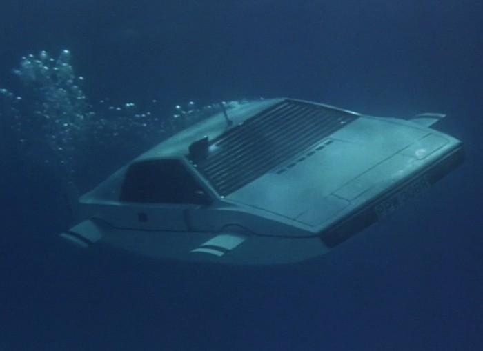 Подводный автомобиль Lotus Esprit. Шпион, который любил меня, 1977 год
