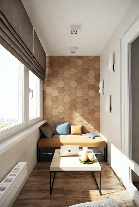 Современный балкон с акцентной стеной.