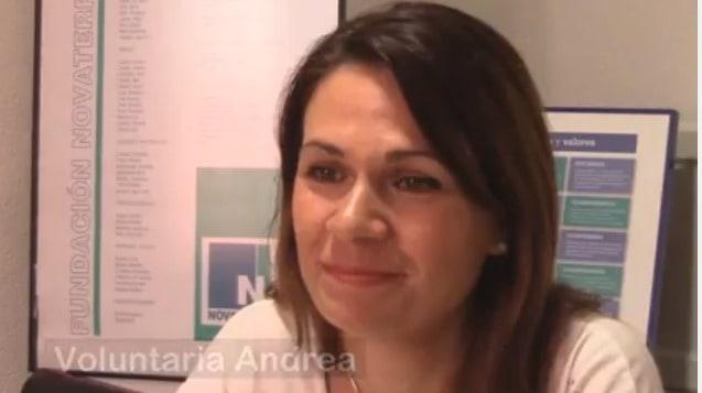 """Andrea, voluntaria: """"La palabra que mejor define a Novaterra es compromiso"""""""