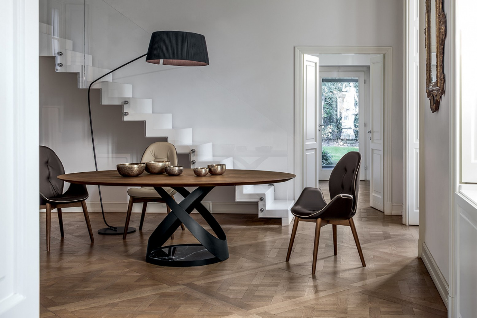 Capri Small Round Dining Table Matt Black Metal Base Marquina Black Marble Canaletto Walnut Wood Top Buy Online At Best Price