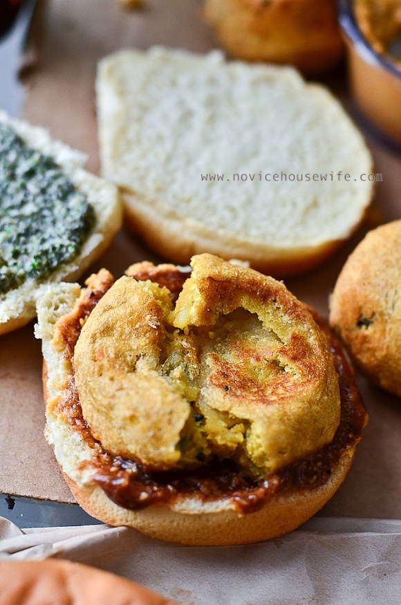 Vada Pavs: Spicy potato fritters that are sandwiched between two pavs (buns), a sweet chutney, a garlic chutney and green chutney.