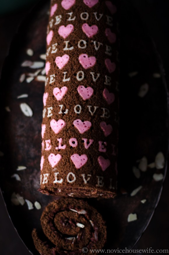 Chocolate deco Roll with Chocolate Malt Frosting and Slivered Almonds | The Novice Housewife #valentinesday